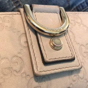 Gucci Bags - 💥SOLD💥 Gucci New Abbey long wallet